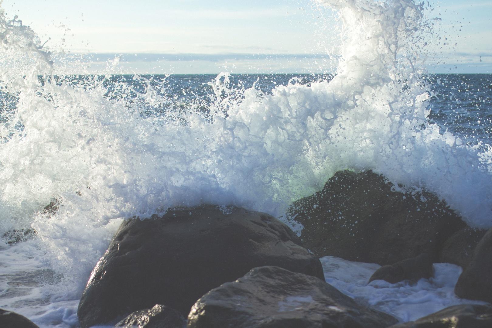 fale morskie, fala, skały, woda