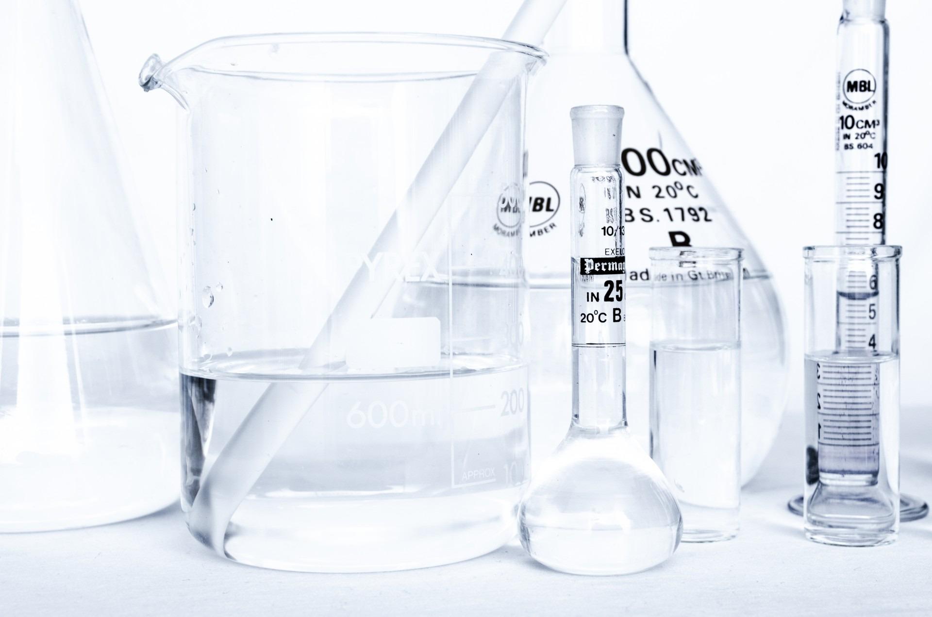 reguła przekory, reguła lenza, chemia, kolba, laboratorium